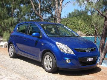 Hire a car while on your Seychelles Holiday